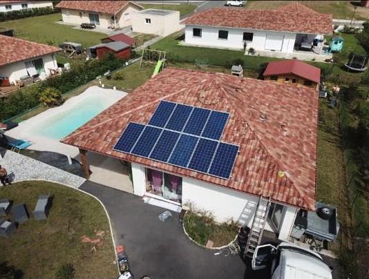 panneau photovolatïque, solaire, electricite, economies